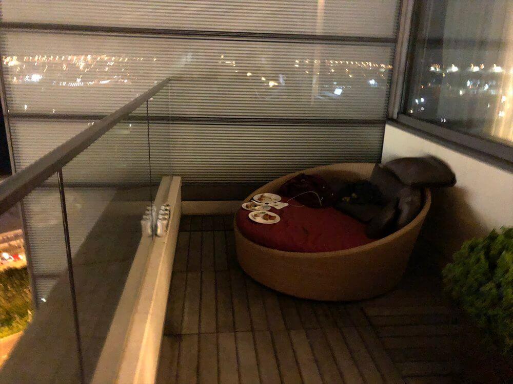 香港スカイシティマリオットホテルのラウンジのテラス席5