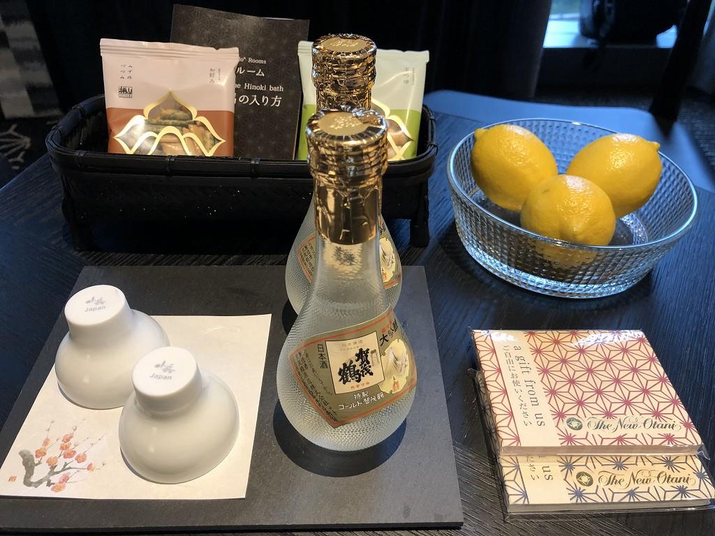 ホテルニューオータニ「新江戸スタンダードダブル」の特製賀茂鶴ゴールド