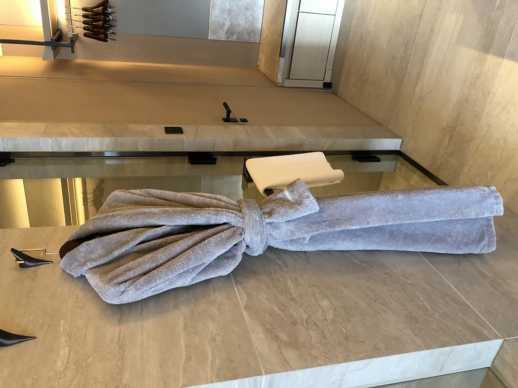 HOTEL THE MITSUI KYOTOのプレミアガーデンビュールームの水回りの大理石2
