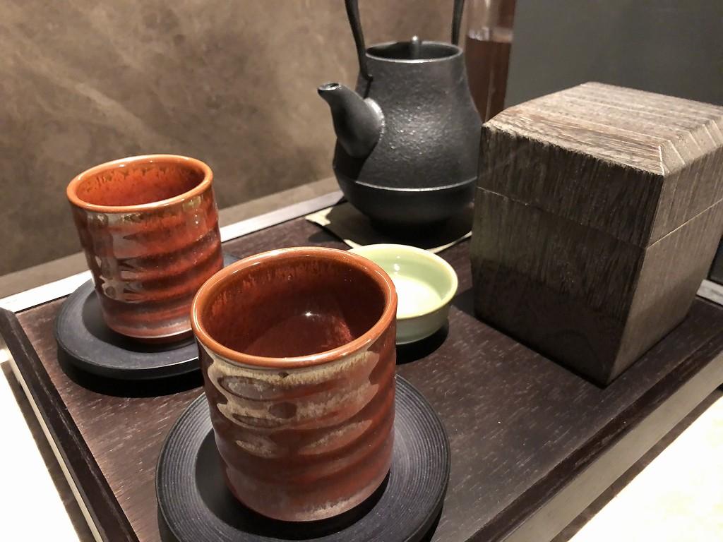 HOTEL THE MITSUI KYOTOのプレミアガーデンビュールームの湯呑