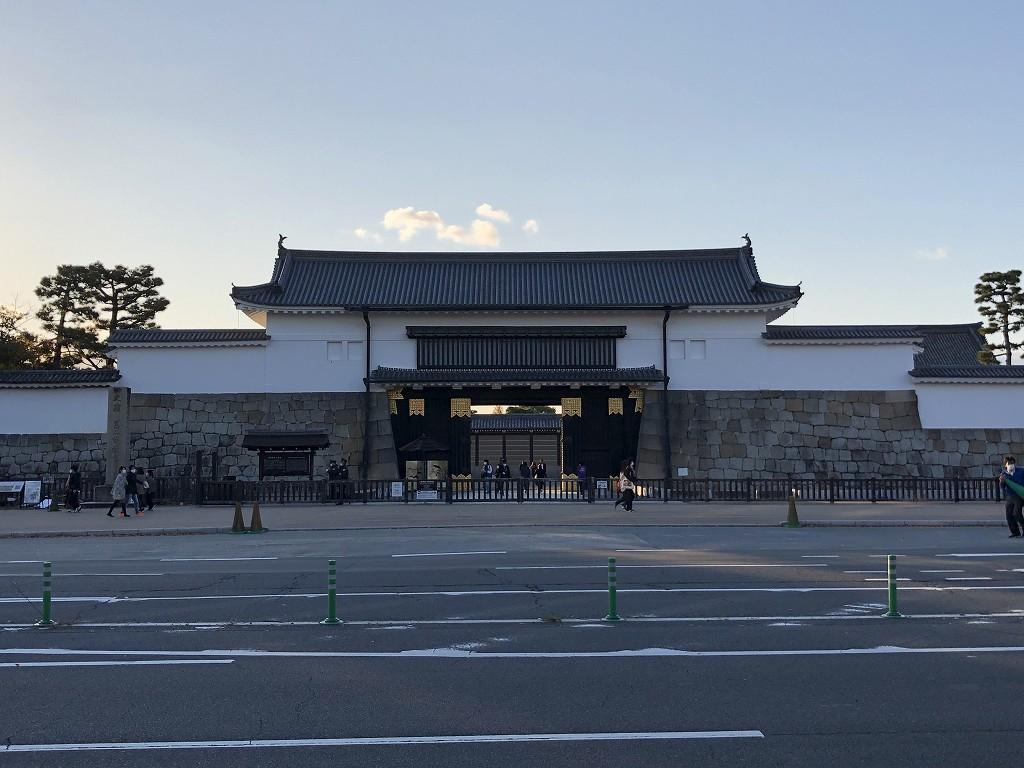 HOTEL THE MITSUI KYOTOのすぐ近くの二条城の大手門