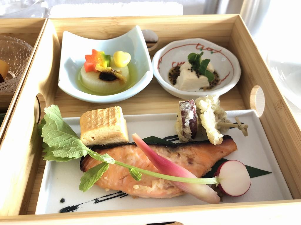 HOTEL THE MITSUI KYOTOのインルームダイニングで朝食(和食)2