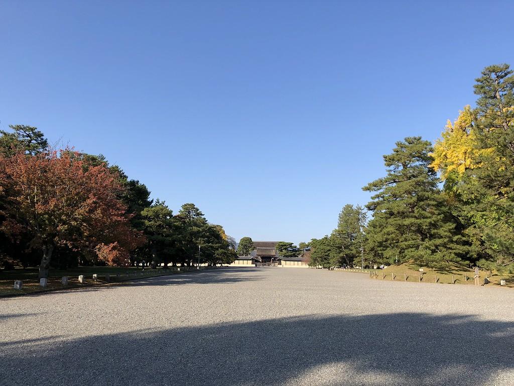京都御苑の非・密な空間3