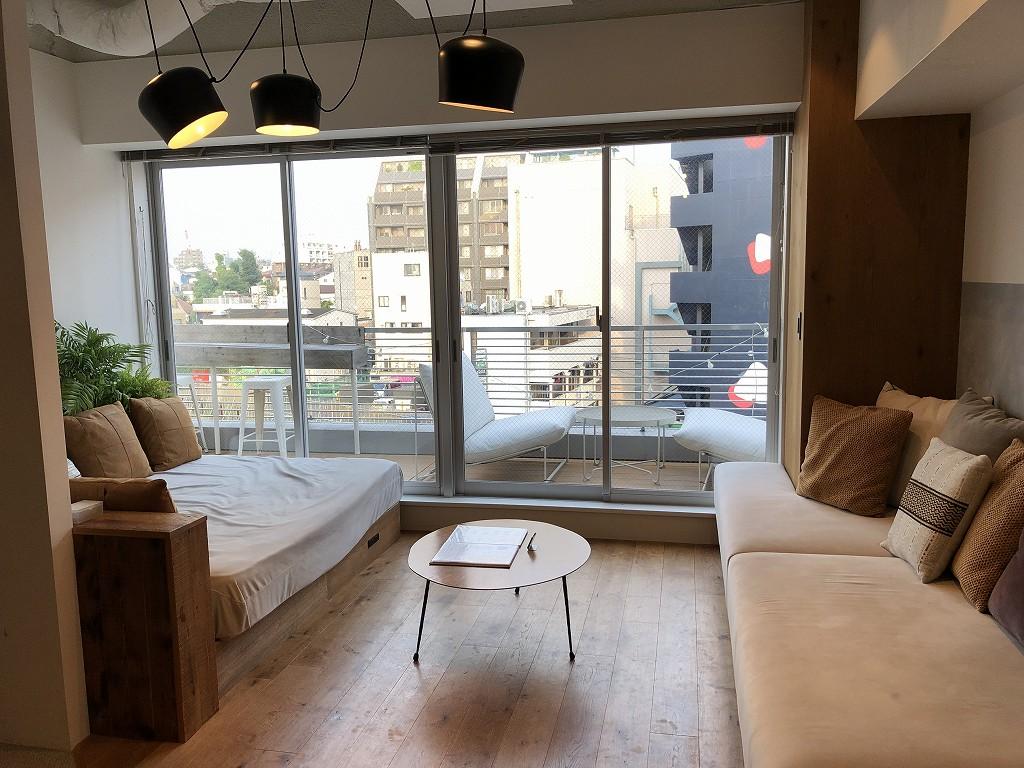 illi Shimokitazawaの301号室のソファベッド1