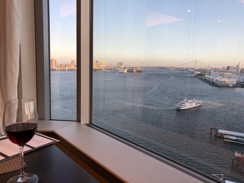 ホテルインターコンチネンタル東京ベイのクラブラウンジからの眺め
