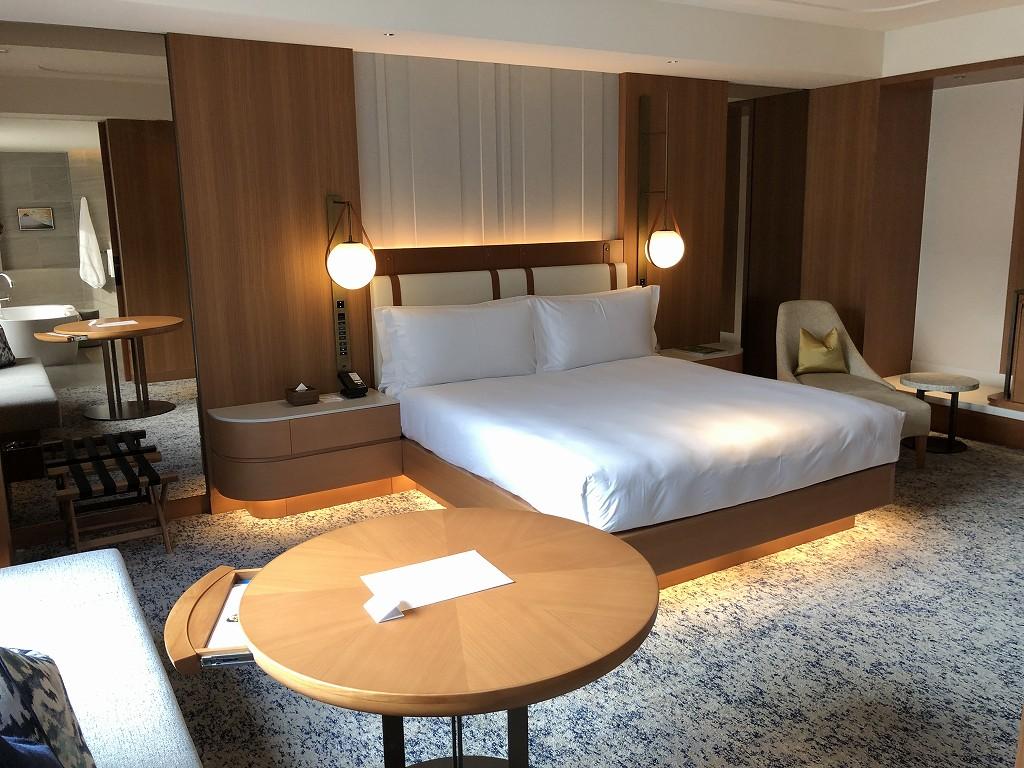 インターコンチネンタル横浜Pier8のガーデンスイートのベッド2