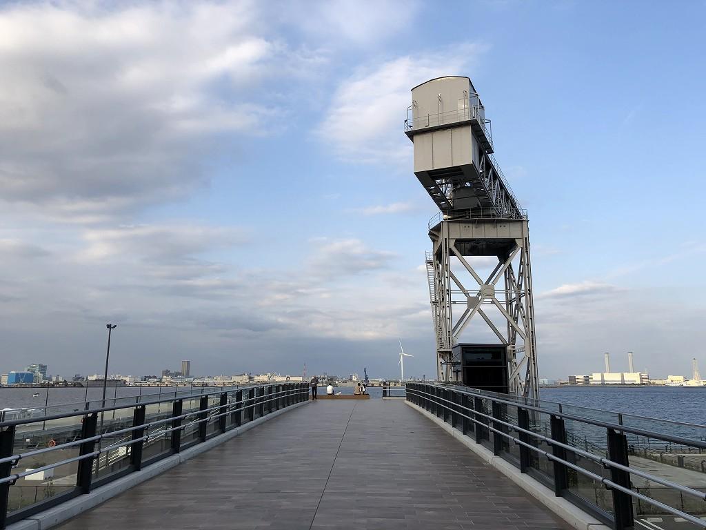 埠頭の端1