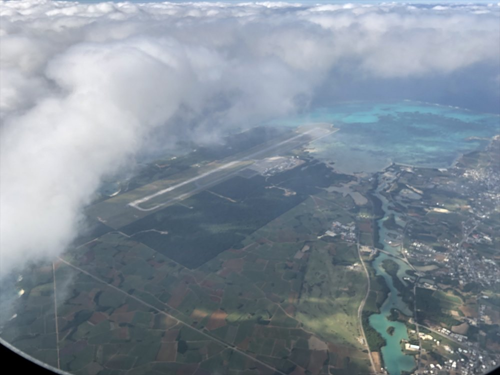 ANA87便からの下地島空港