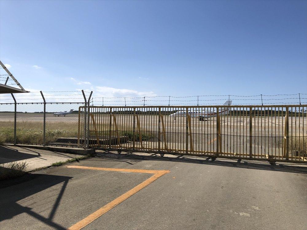下地島空港のセスナ機1