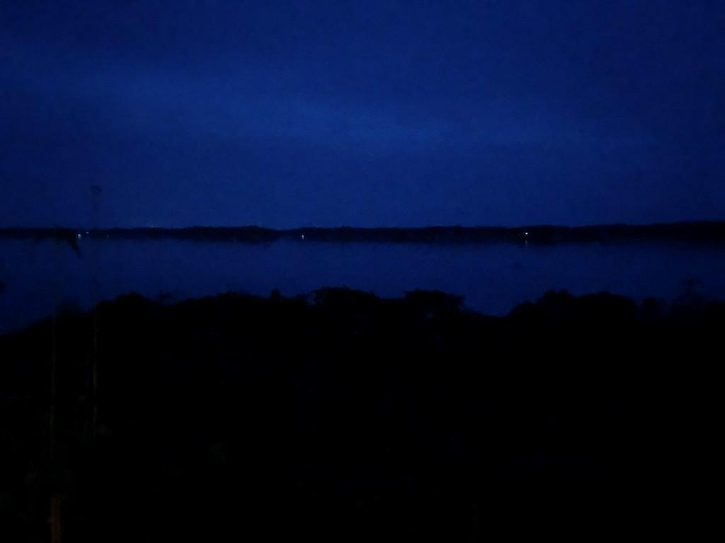 アマネムのナギスイートのベランダからの眺め(夜)