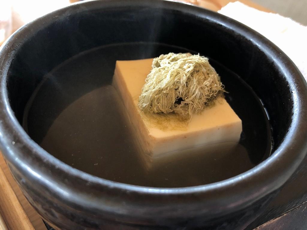 アマネムの和箱朝食の湯豆腐