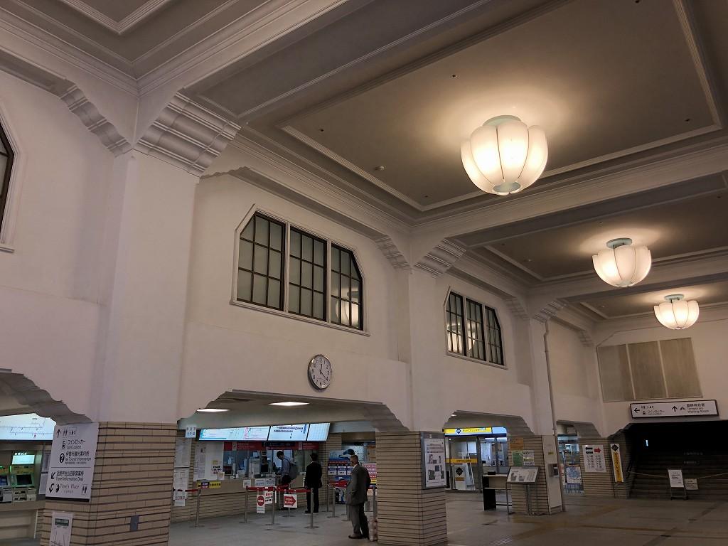 近鉄宇治山田駅の高い天井1