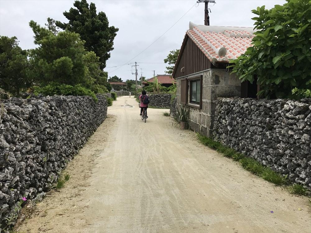 竹富島の道路1