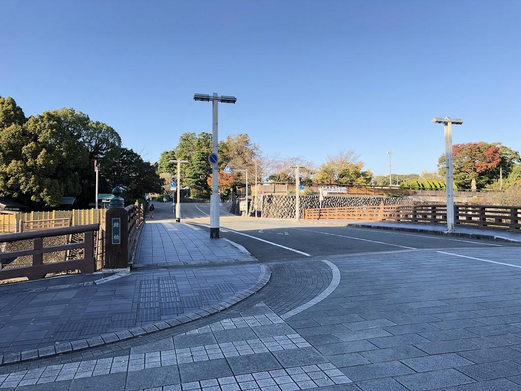 掛川城前の端