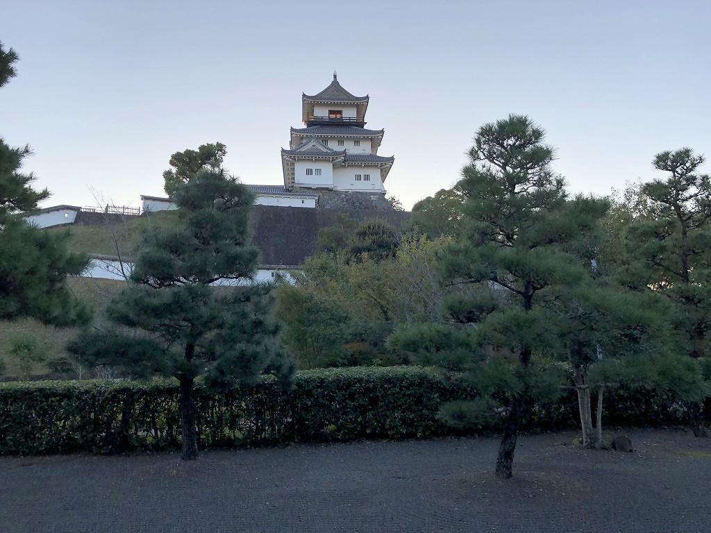 掛川城の二の丸御殿から掛川城