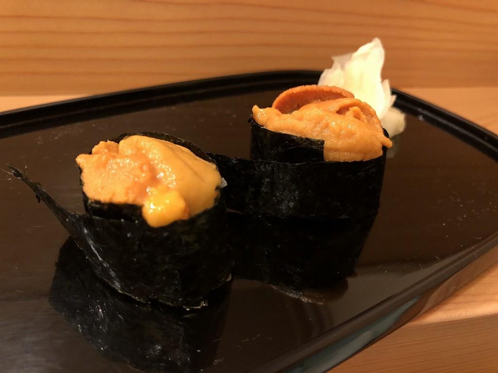 磐田の寿司好のウニの握り