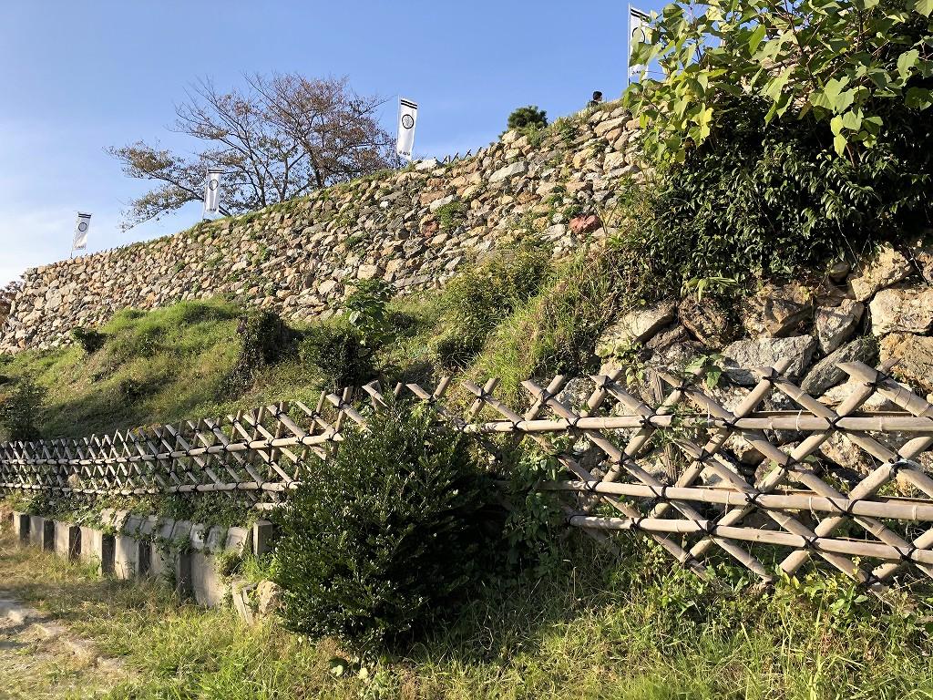 浜松城の野面積みの天守曲輪1