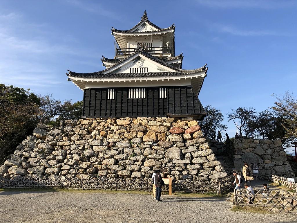 浜松城の野面積みの天守台1