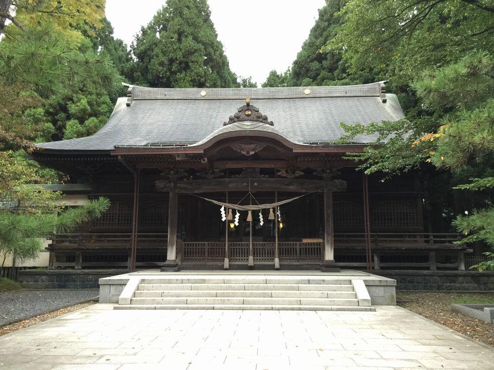 彌高神社の社殿