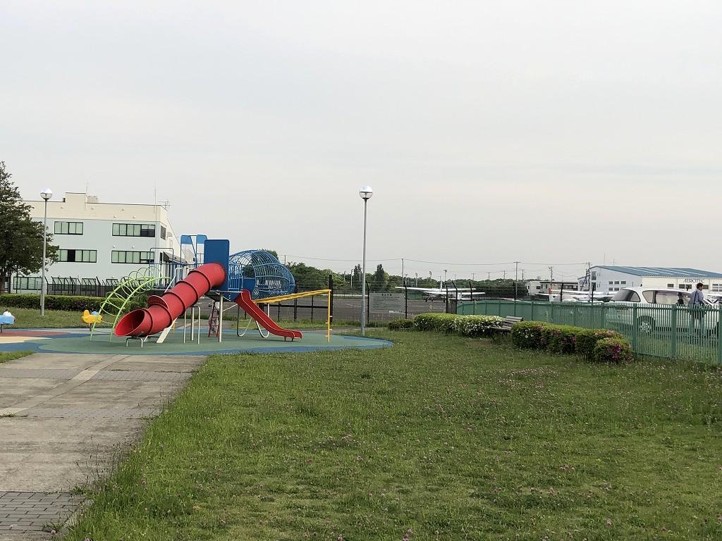 調布飛行場近くの公園