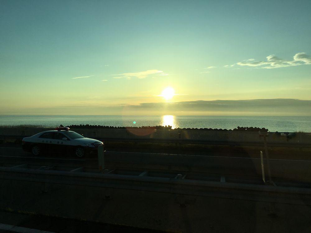 金沢の日本海に沈む夕日