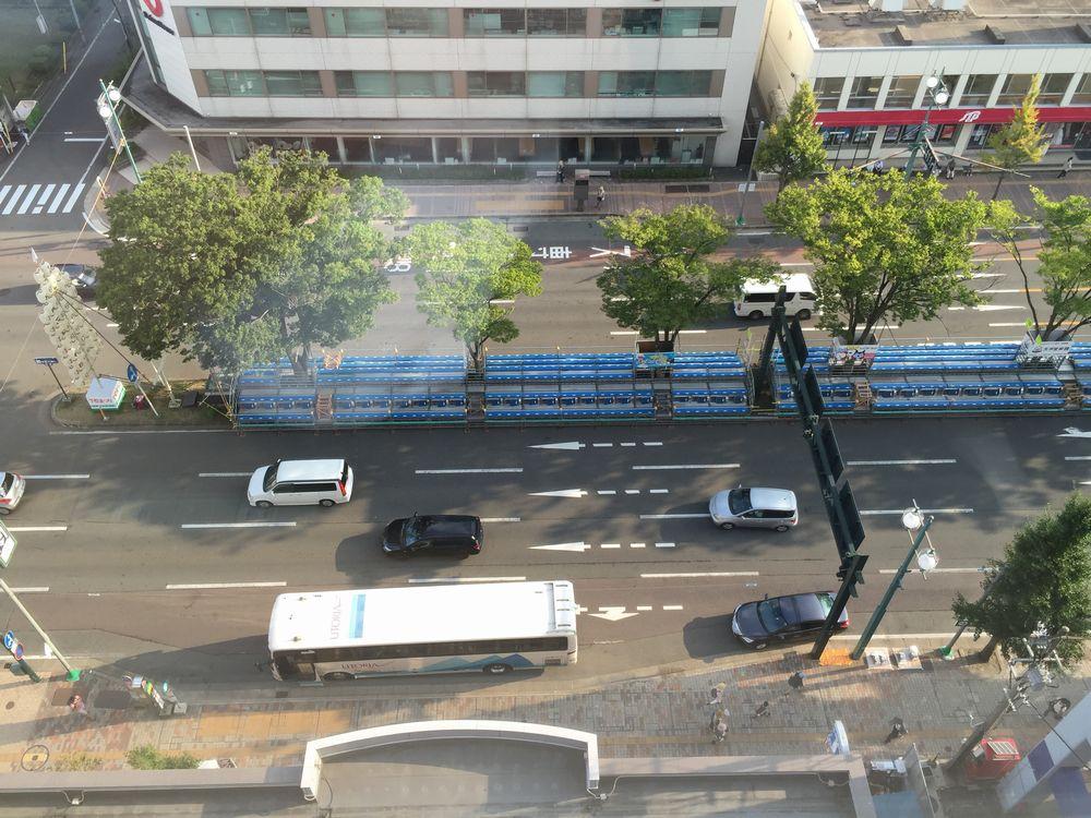 ダイワロイネットホテル秋田から竿燈大通りの眺め