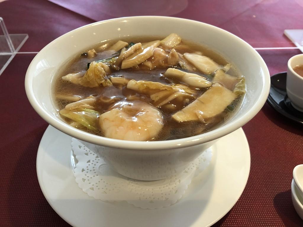 川越プリンスホテルの「中国料理 古稀殿」の五目つゆそば