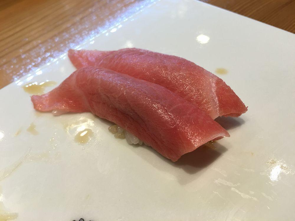熊本・金寿しのまぐろの寿司