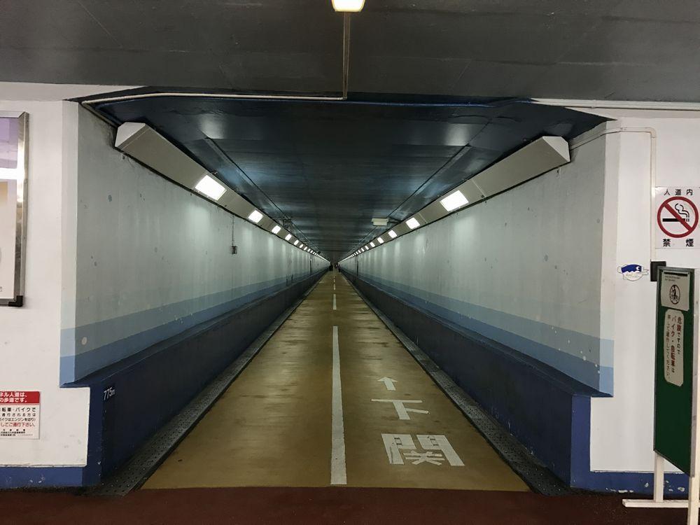 関門トンネル人道(門司港側)