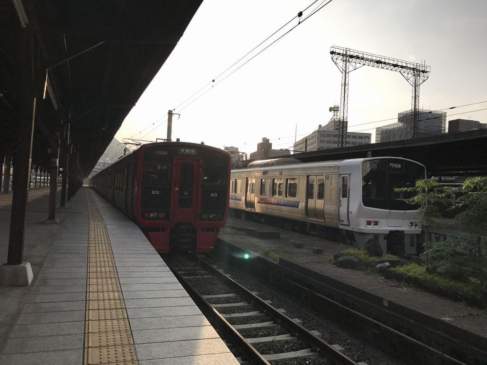 夕方の門司港駅