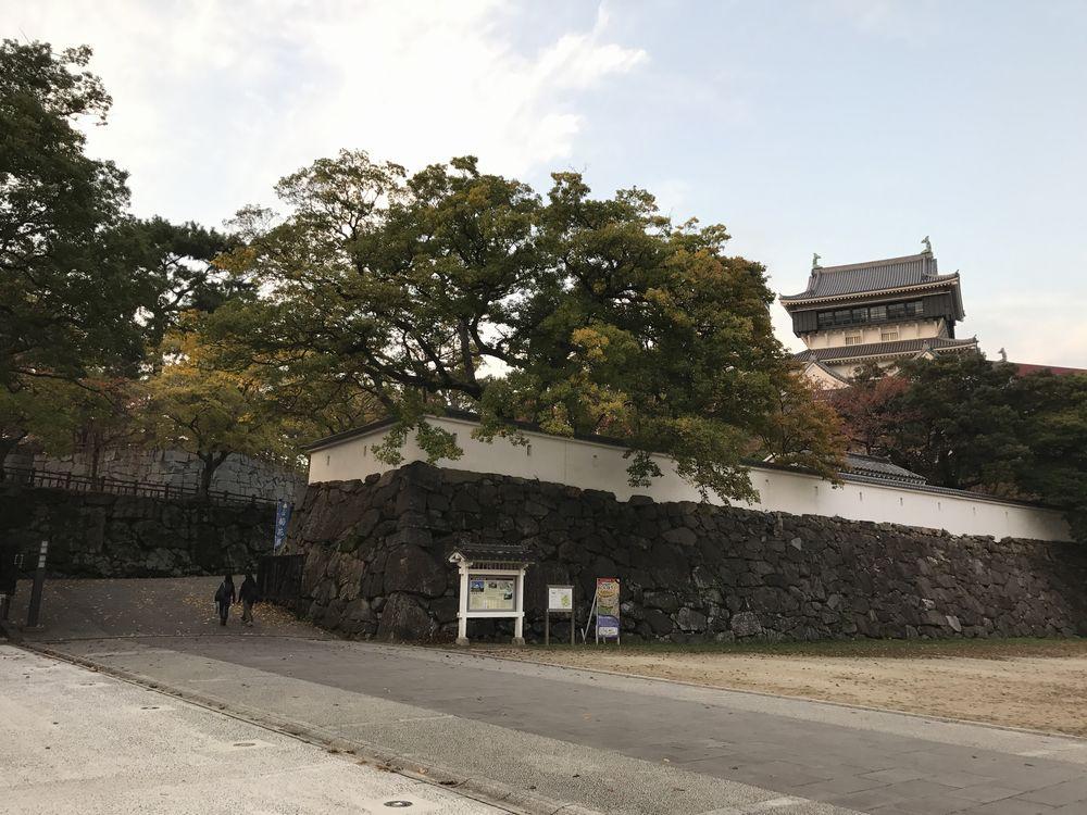 小倉城近景