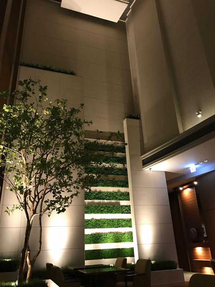 大阪マリオット都ホテルのクラブラウンジの天井