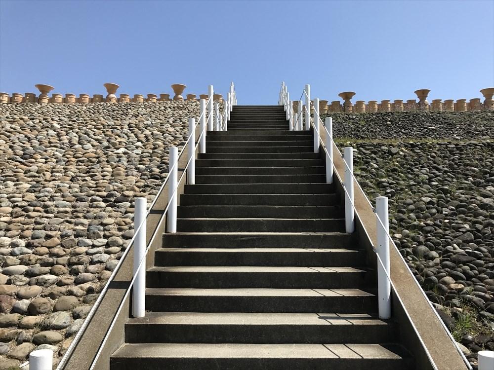 五色塚古墳の葺石