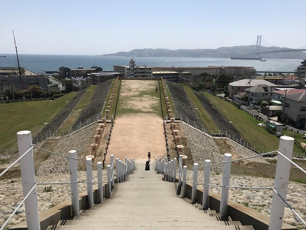 五色塚古墳の高円部からの眺め1
