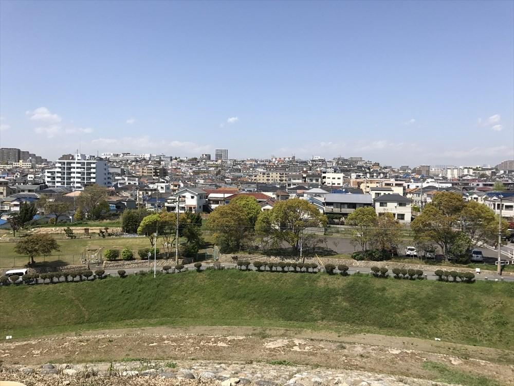 五色塚古墳の高円部からの眺め3