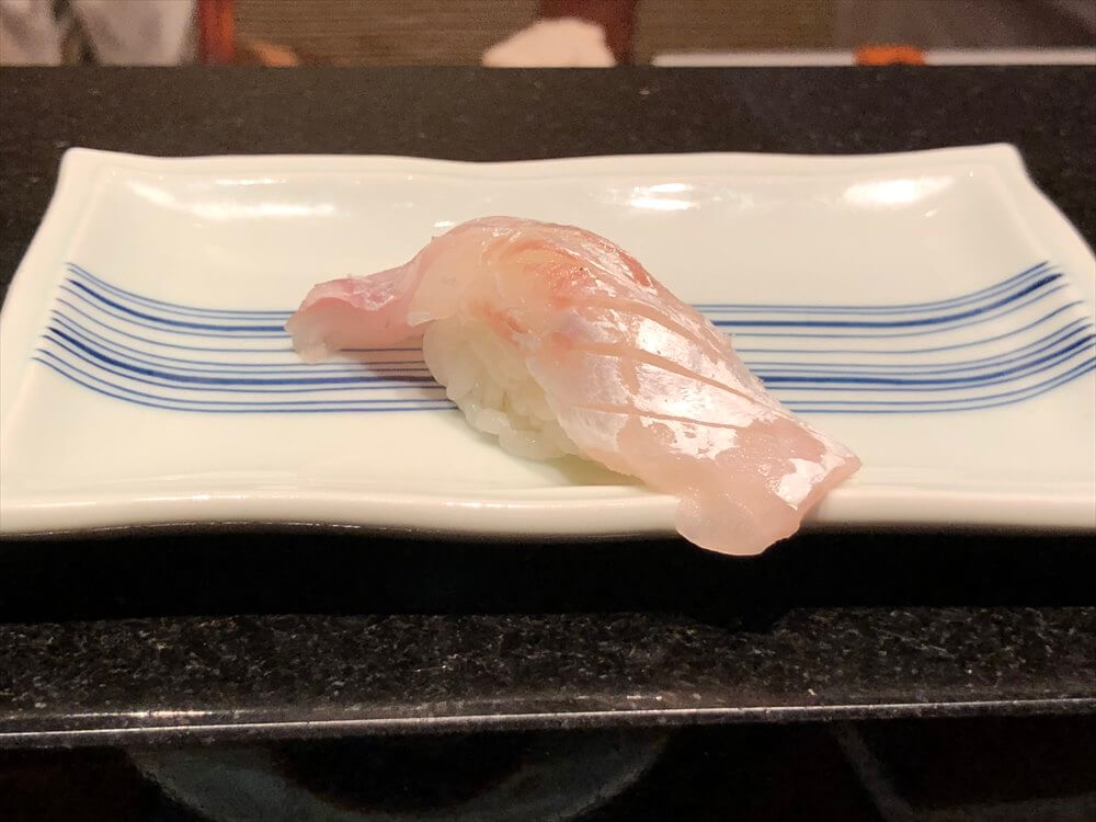 明石 渾 鮨の鯛の握り