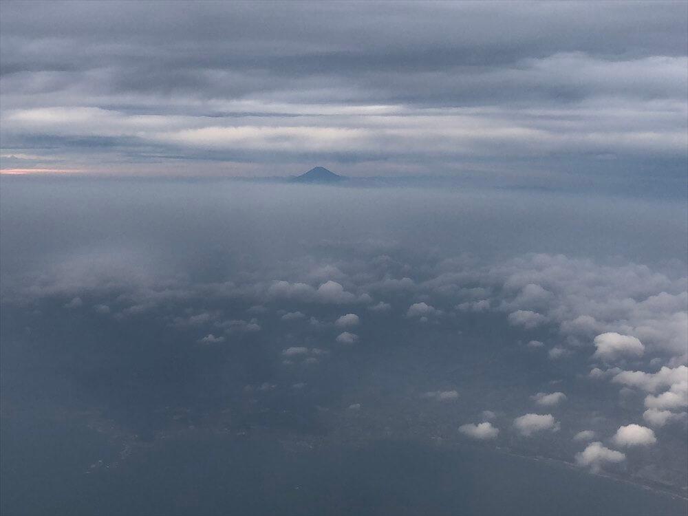 スカイマーク112便からの富士山