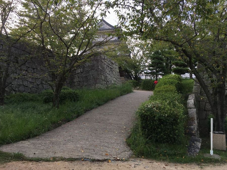 丸亀城の本丸へ