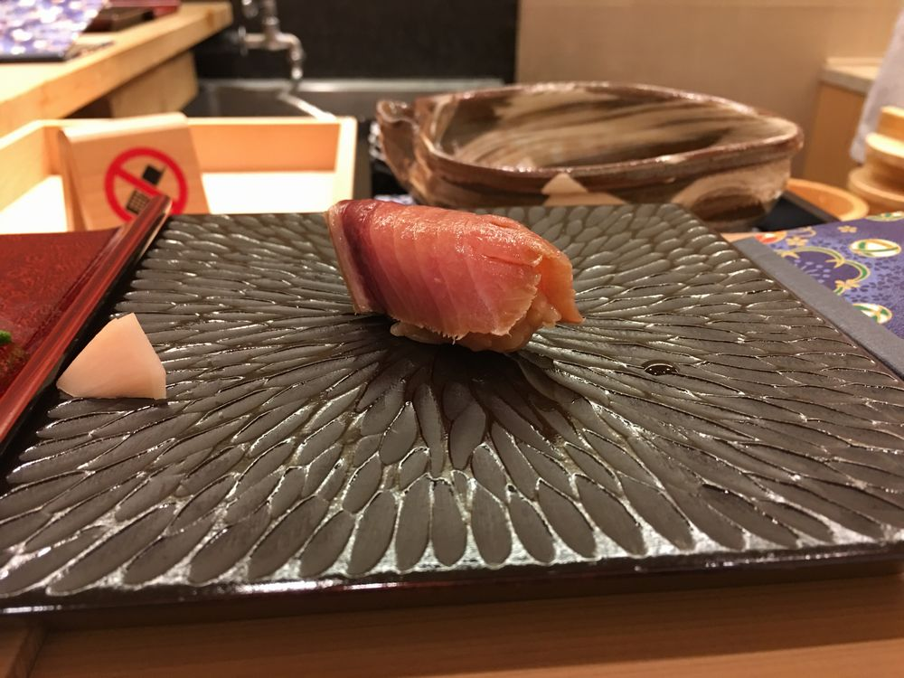 鮨舳のカツオ