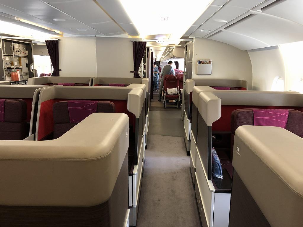 マレーシア航空MH89便のA380のビジネススイートの座席1