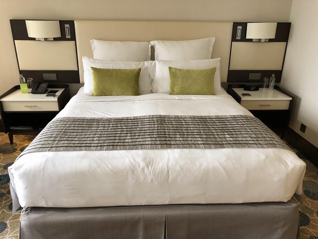 マンダリン オリエンタル クアラルンプールのベッド