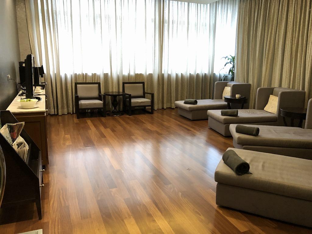 マンダリン オリエンタル クアラルンプールのフィットネスの休憩室