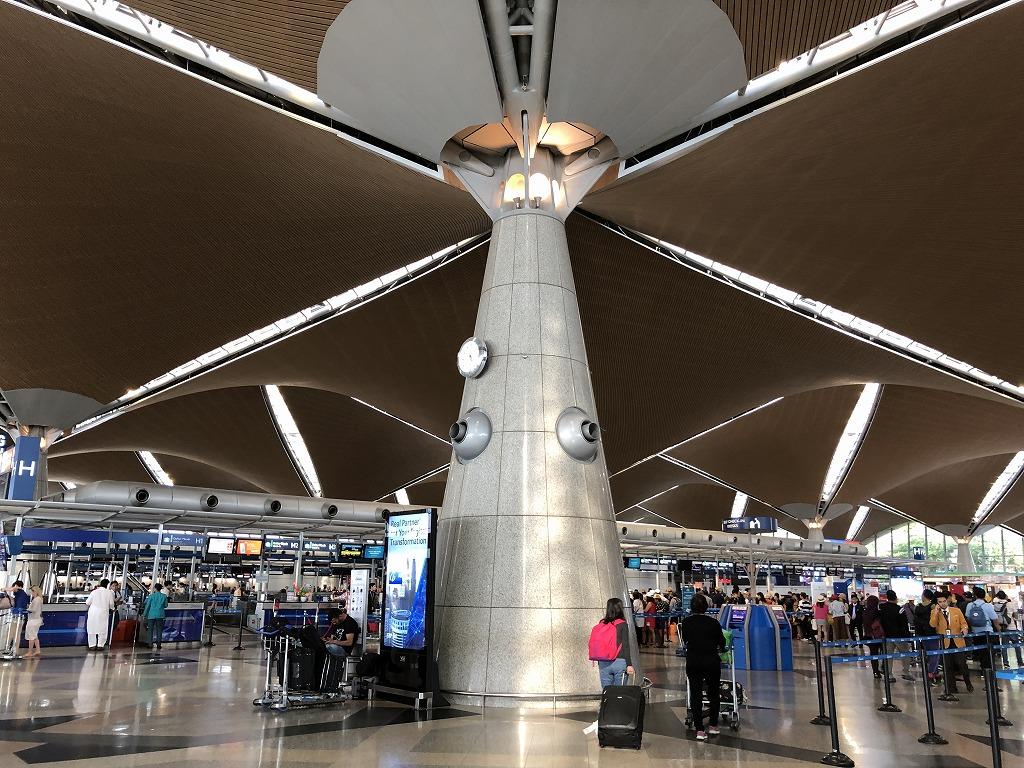 黒川紀章設計のクアラルンプール国際空港