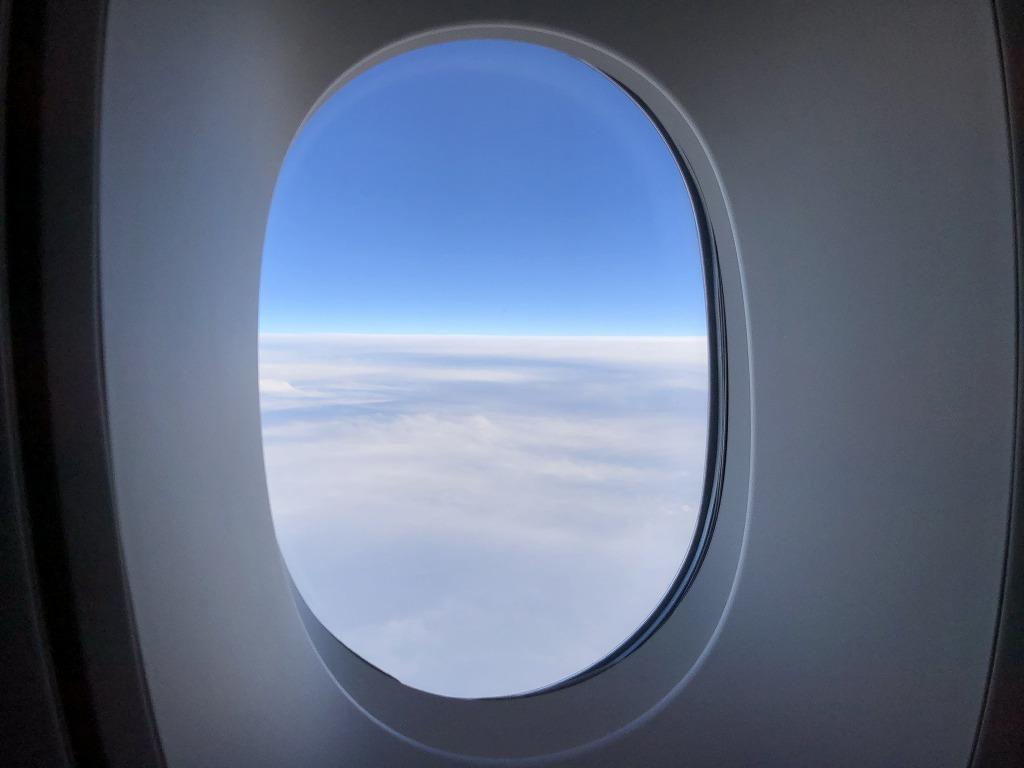 マレーシア航空MH88ビジネススイートの機窓風景