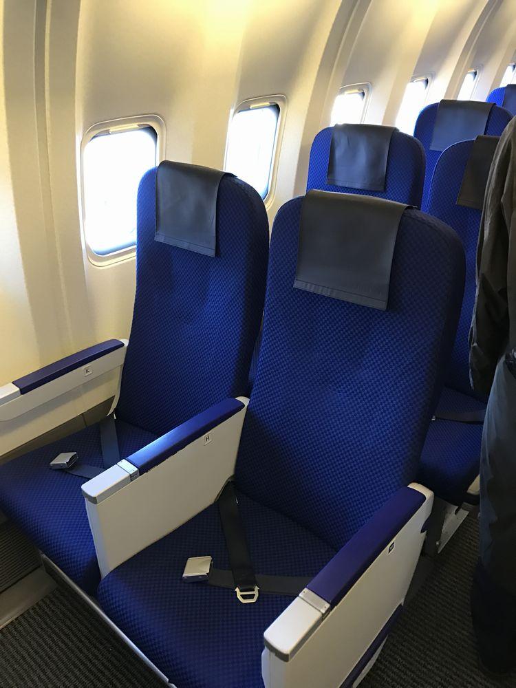 ANA675便の普通席