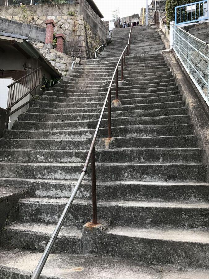 両城の200階段3