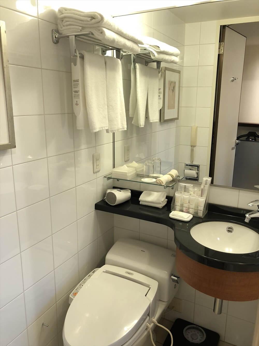 ANAクラウンプラザホテル岡山モデレートダブルのバスルーム1