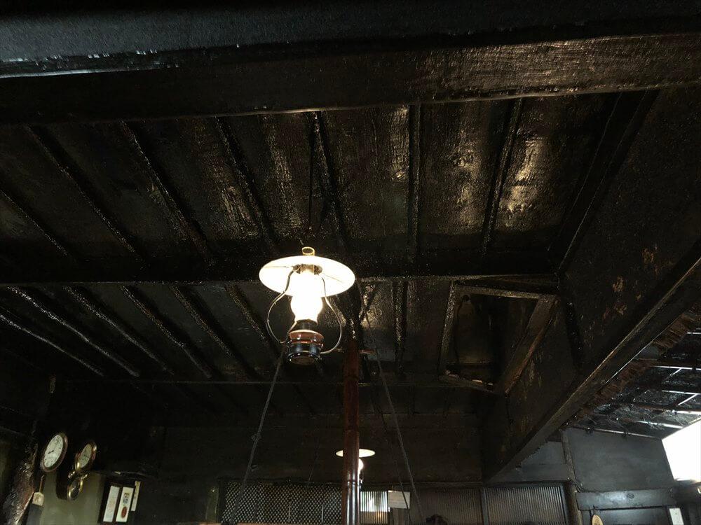 釧路の「炉ばた」の天井