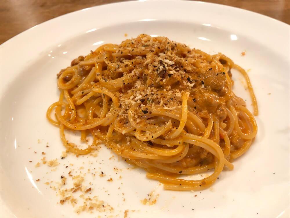エスト ディ ズッパの道内産生ウニのトマトクリームスパゲティ