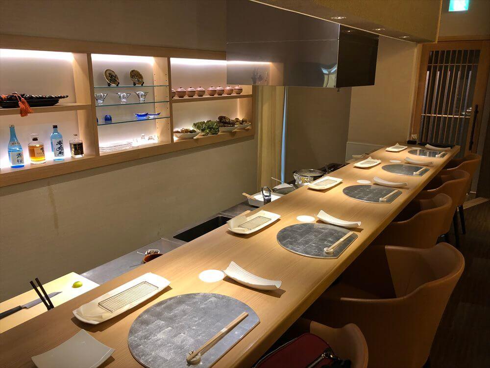 釧路の天ぷら「彩」のカウンター2